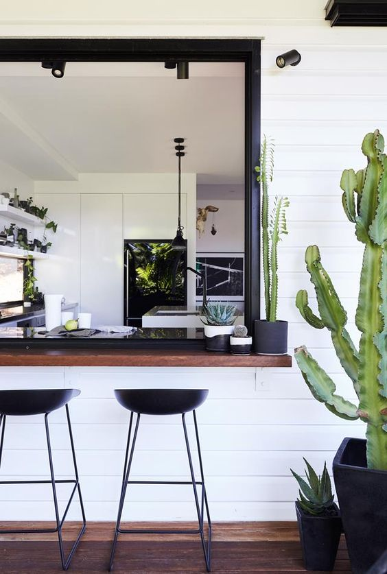 ENHANCE THE INDOOR OUTDOOR LIVING FOR THE WARM WEATHER